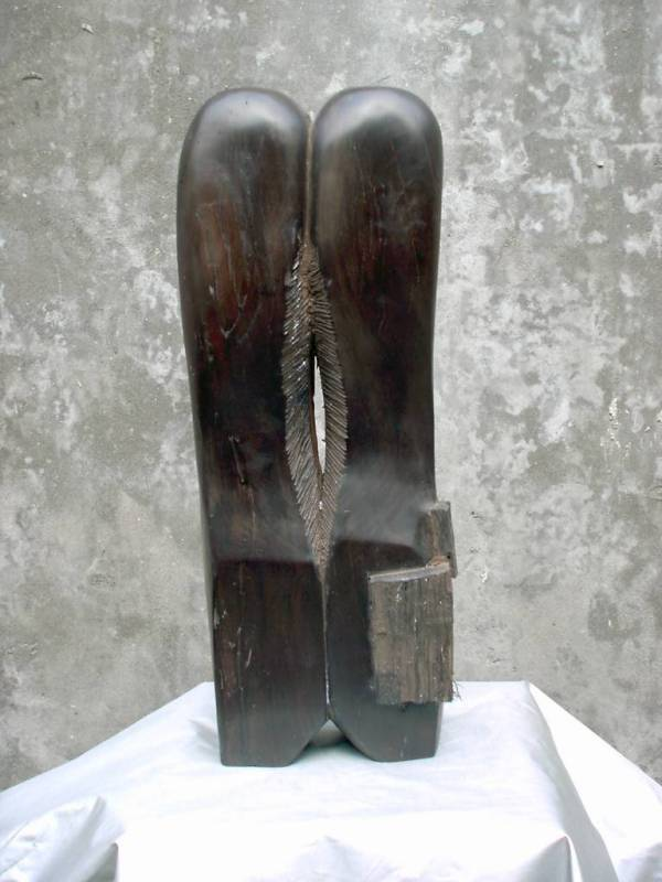 Original wood sculpture by Zhang Yaxi