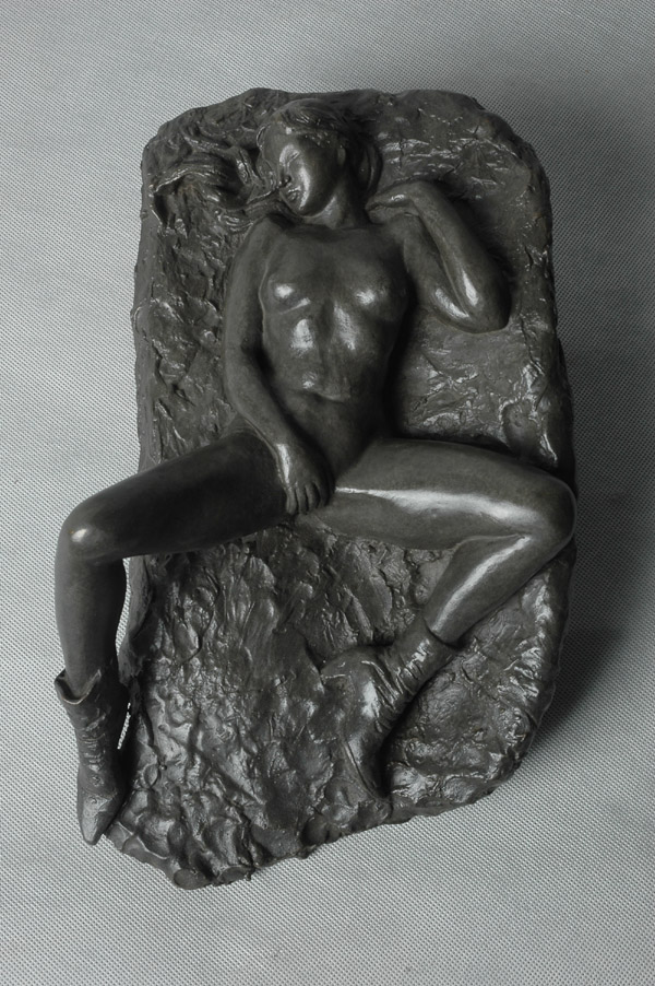NUDE I - a wall mounted sculpture relief by Zhang Yaxi
